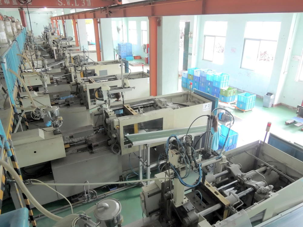 plastic-production-4